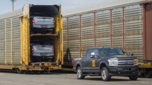 una-ford-f-150-electrica-remolco-mas-de-medio-millon-de-kilos