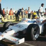 Conoce la historia del taxista que corrió contra Ayrton Senna
