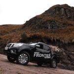 ¿Es la Nissan NP300 Frontier perfecta para el terreno ecuatoriano?